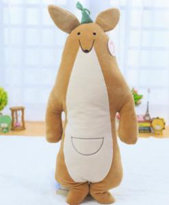 kangaroo-nhoi-bong-roomies-party